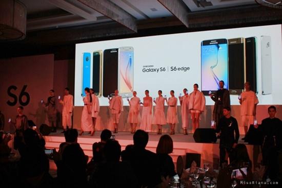 Saat Menghadiri launching Samsung Galaxi S6 di Singapura (Dok.Pri)