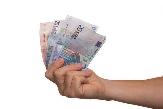 mengelola keuangan saat pensiun